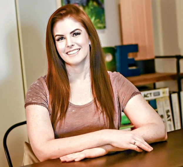 Lindsey Wander Headshot